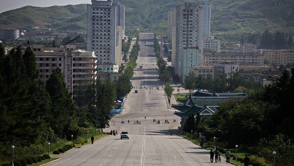 Una autopista en Kaesong, Corea del Norte - Sputnik Mundo