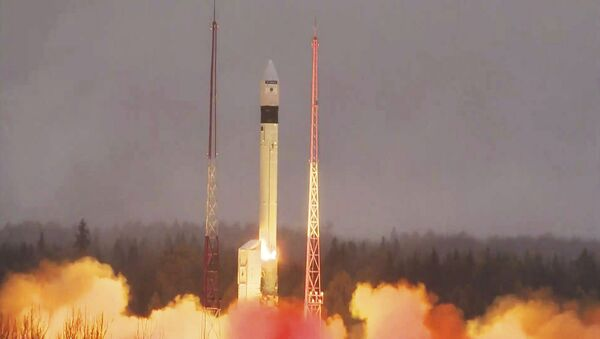 Lanzamiento de un satélite europeo Sentinel (archivo) - Sputnik Mundo