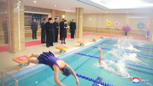 Así ha sido la visita de Kim Jong-un al Instituto de Pedagogía de Pyongyang - Sputnik Mundo