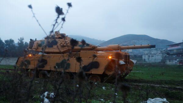 Ejército de Turquía en la frontera con Siria - Sputnik Mundo