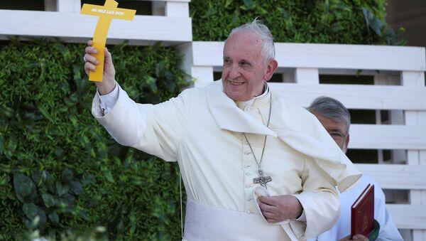 El papa Francisco durante su visita a Chile - Sputnik Mundo