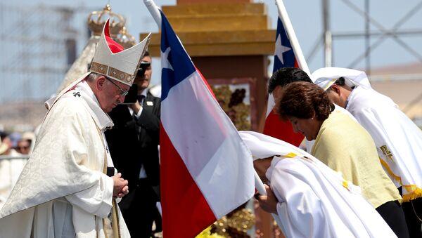 Papa Francisco celebra última misa en Chile - Sputnik Mundo