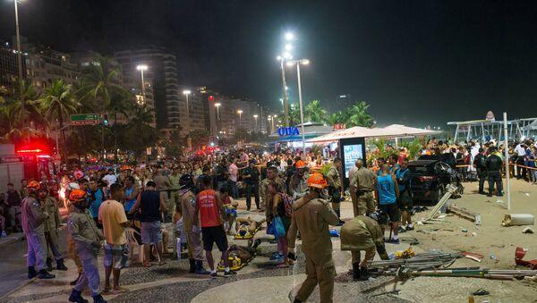 Accidente de tráfico en Rio de Janeiro, Brasil - Sputnik Mundo