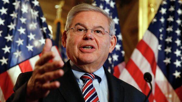 Robert Menéndez, senador demócrata - Sputnik Mundo