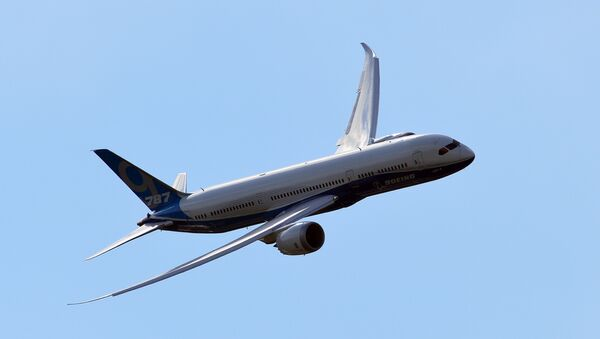 Un Boeing 787-9 (archivo) - Sputnik Mundo