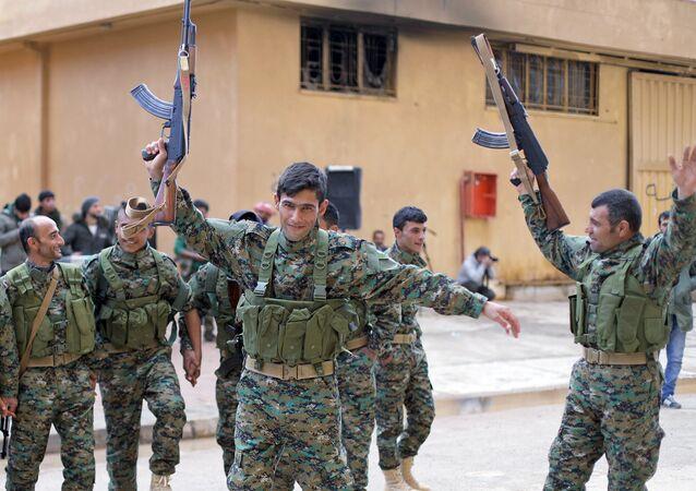 Tropas de las Unidades de Protección Popular (YPG) en la región de Afrín, Siria, 20 de enero de 2018
