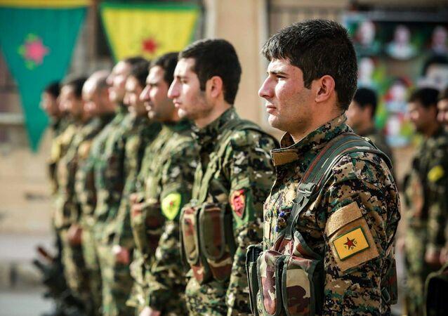 Los combatientes de las Unidades kurdas de Protección Popular (YPG) (archivo)