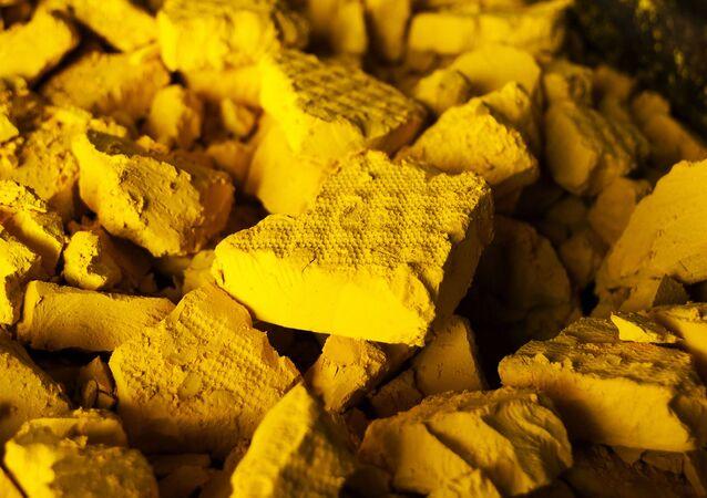 Óxido de uranio, una sustancia capaz de transformarse en combustible nuclear