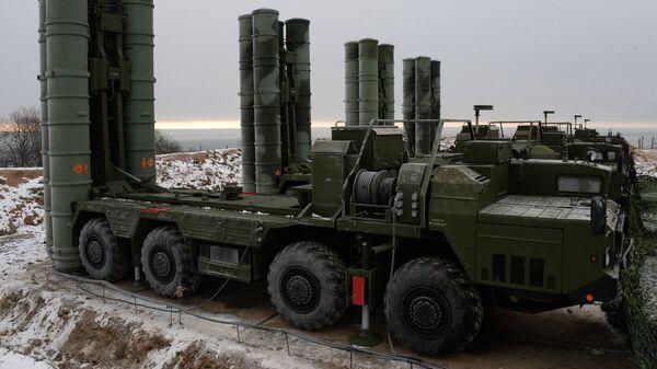 Sistema de defensa S-400 en la región de Vladivostok - Sputnik Mundo