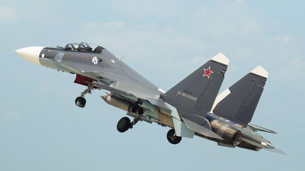 Un Su-30SM de la Flota del Mar Negro  - Sputnik Mundo