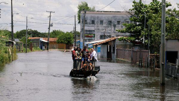 La inundaciones en Paraguay - Sputnik Mundo