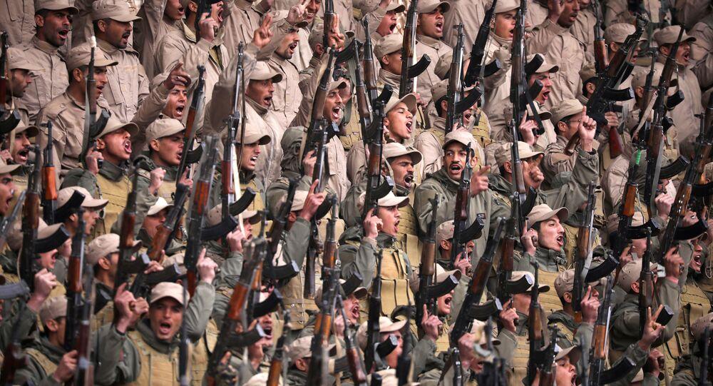 Combatientes de las fuerzas kurdas en Siria
