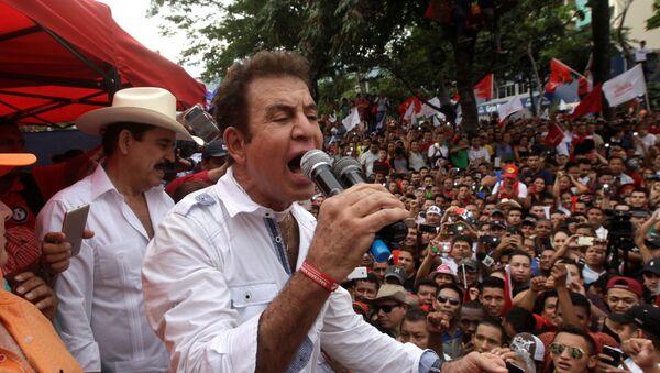 Salvador Nasralla, el excandidato presidencial y líder de la Alianza de Oposición de Honduras - Sputnik Mundo
