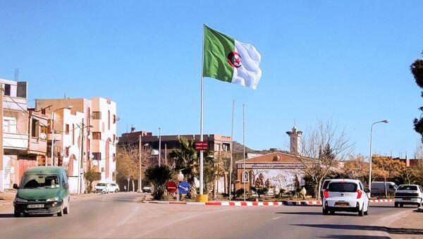 La bandera de Argelia - Sputnik Mundo