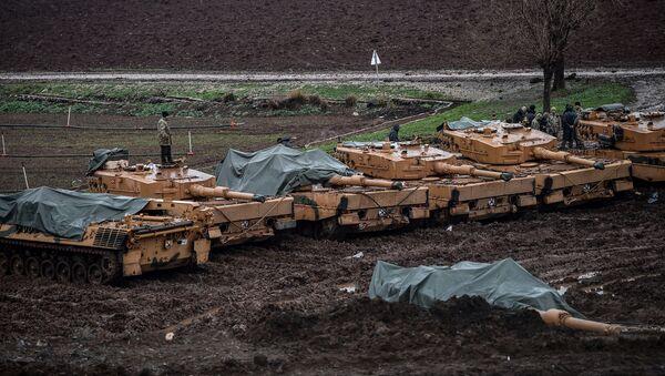 Los tanques Leopard de las Fuerzas Armadas de Turquía (imagen referencial) - Sputnik Mundo