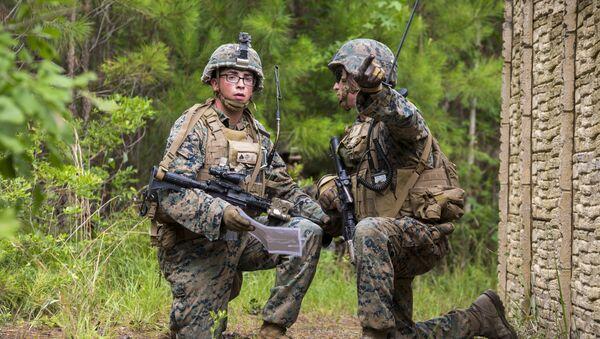 Militares estadounidenses durante unos ejercicios (imagen ilustrativa) - Sputnik Mundo