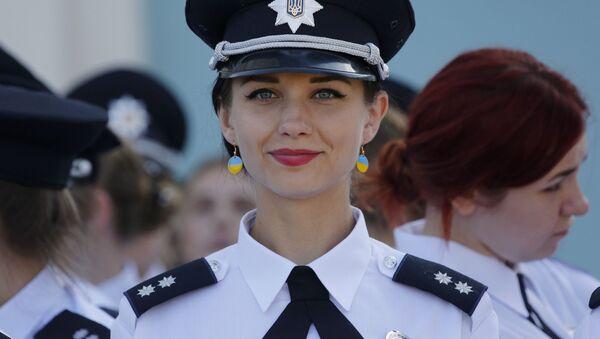 Damas de acero: mujeres policía de todo el mundo - Sputnik Mundo
