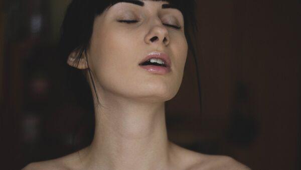 Una mujer (imagen ilustrativa) - Sputnik Mundo