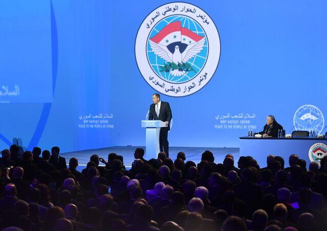 Serguéi Lavrov, canciller de Rusia, interviene en el Congreso del Diálogo Sirio en Sochi
