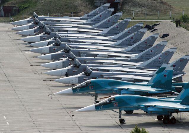 Cazas rusos Su-24 y Su-34 (archivo)