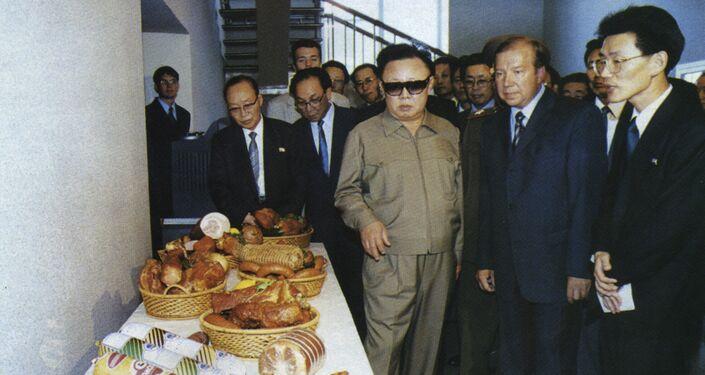 La visita de Kim Jong-il a la ciudad rusa de Omsk, 2001