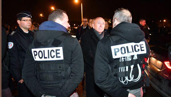 Situación en Calais, Francia - Sputnik Mundo