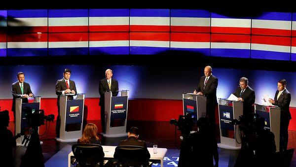 Los candidatos presidenciales de Costa Rica en un debate el 1 de febrero de 2018 - Sputnik Mundo