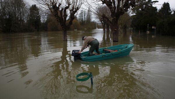 Inundaciones a las afueras de París - Sputnik Mundo