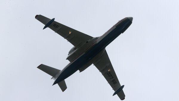 El avión anfibio Be-200 - Sputnik Mundo