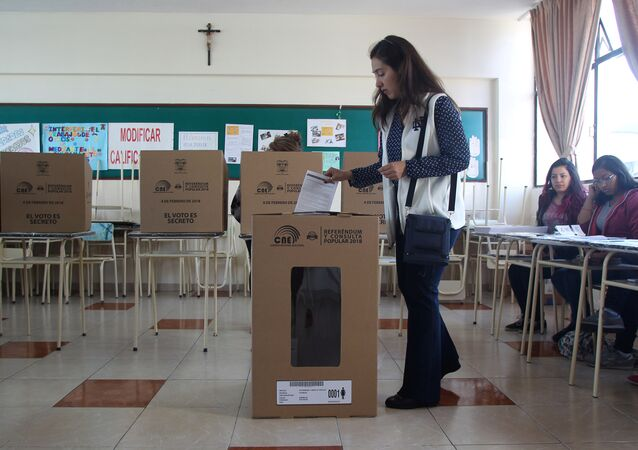 La consulta popular del 4 de febrero en Ecuador