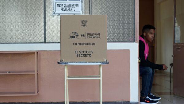 La consulta popular del 4 de febrero en Ecuador - Sputnik Mundo
