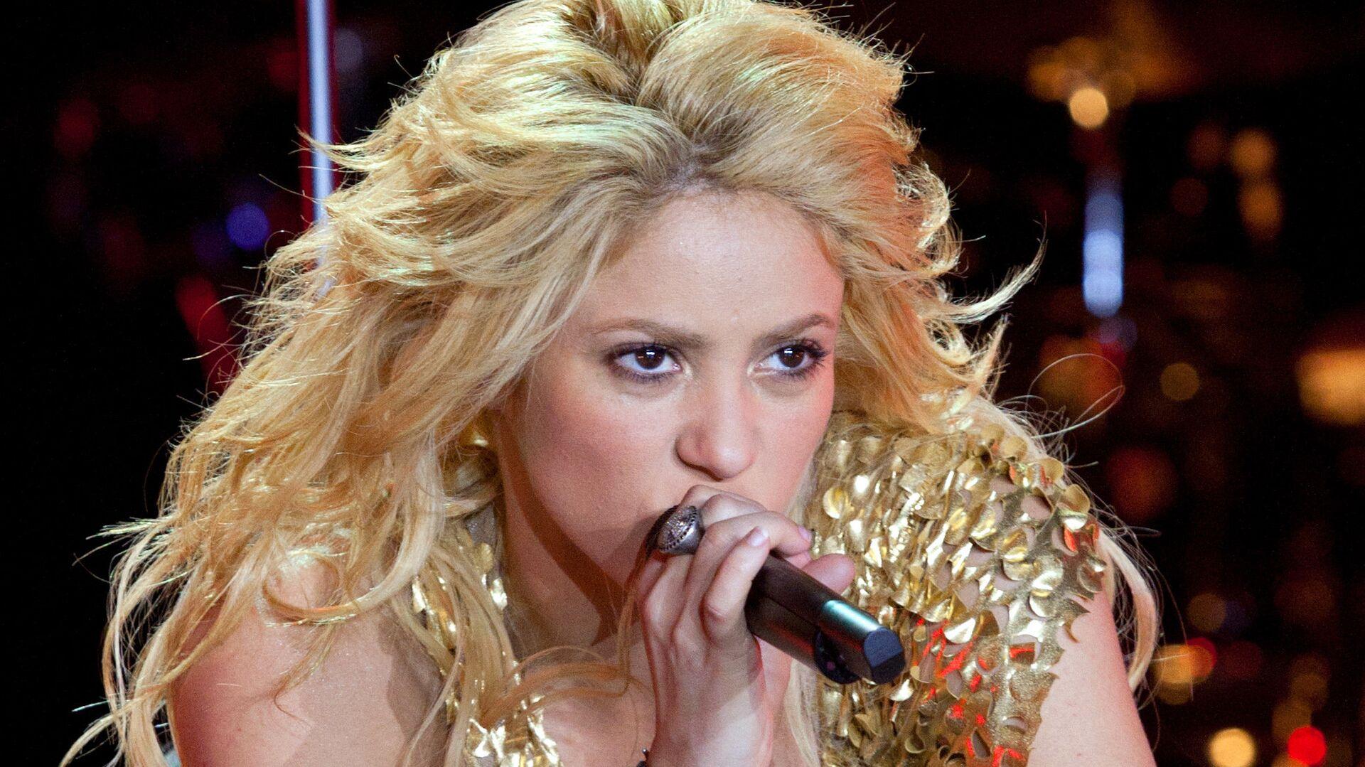 La cantante colombiana Shakira da un concierto en el complejo deportivo Olympiysky de Moscú - Sputnik Mundo, 1920, 04.05.2021