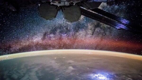 La Estación Espacial Internacional, un faro brillante para la humanidad - Sputnik Mundo