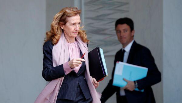 Nicole Belloubet, la ministra de Justicia de Francia - Sputnik Mundo