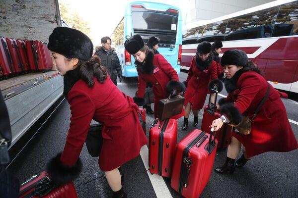 El desembarco de auténticas bellezas norcoreanas en los JJOO de invierno de Pyeongchang - Sputnik Mundo