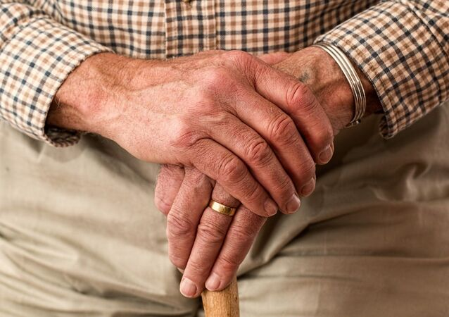 Un hombre viejo (imagen referencial)