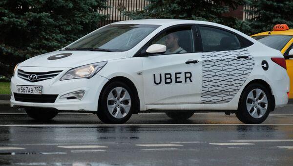 Un taxi de Uber - Sputnik Mundo