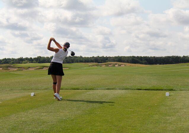 Una golfista (imagen referencial)