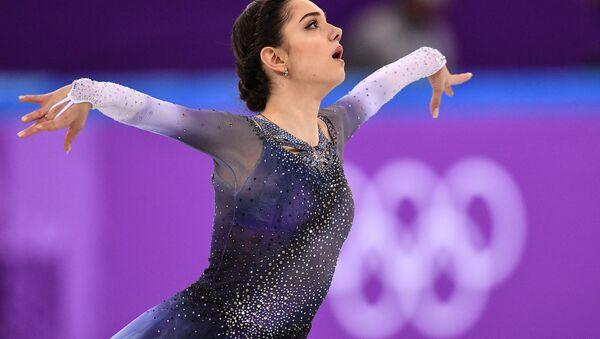 La patinadora rusa Evguenia Medvédeva - Sputnik Mundo
