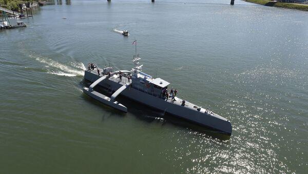 El buque Sea Hunter (Cazador marino, en español) de EEUU - Sputnik Mundo