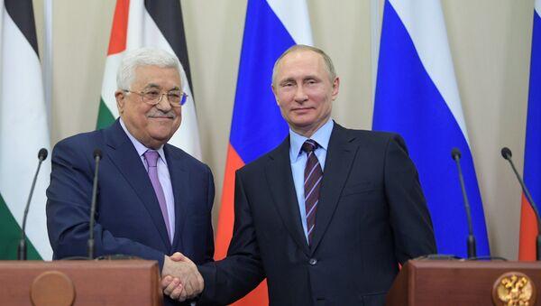 Presidente de Rusia, Vladímir Putin, y presidente de Palestina, Mahmud Abás - Sputnik Mundo