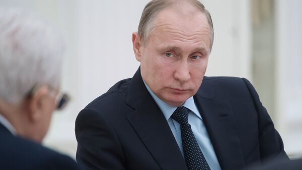 El presidente de Rusia, Vladímir Putin, en una reunión con su homólogo palestino, Mahmud Abás. - Sputnik Mundo