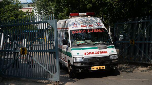 Una ambulancia en la India (archivo) - Sputnik Mundo