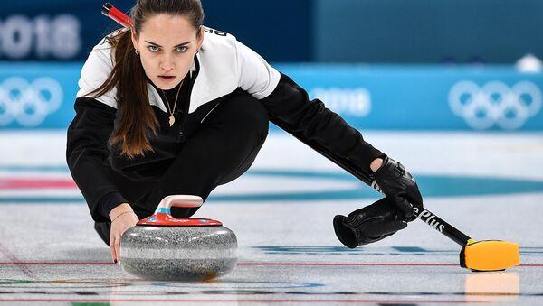 La jugadora de curling rusa Anastasia Brizgálova - Sputnik Mundo