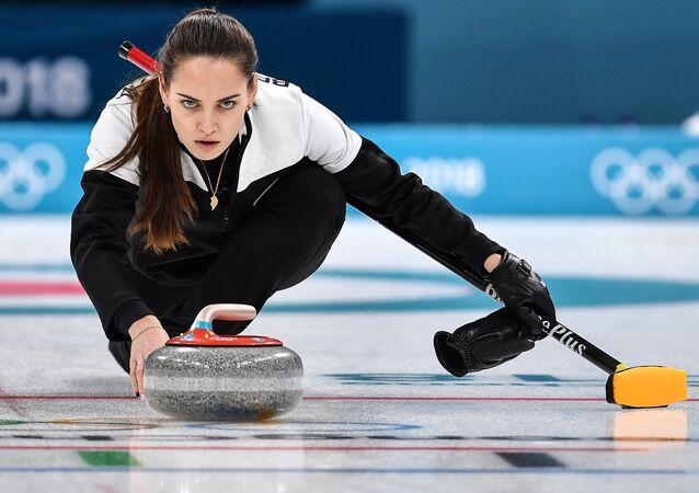 La jugadora de curling rusa Anastasia Brizgálova