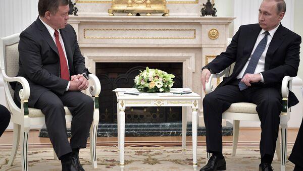 El rey de Jordania, Abdallah II, y el presidente de Rusia, Vladímir Putin (archivo) - Sputnik Mundo