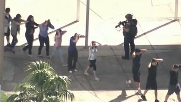 Masacre en Florida: las escalofriantes revelaciones de los testigos del tiroteo - Sputnik Mundo