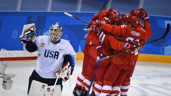 La selección rusa de hockey sobre hielo en los JJOO de Invierno - Sputnik Mundo