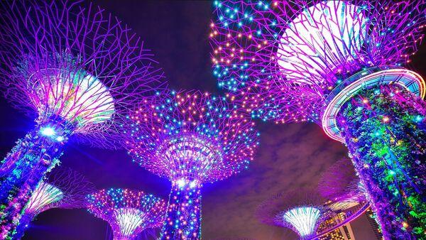Edificios futuristas en Singapur, imagen referencial - Sputnik Mundo