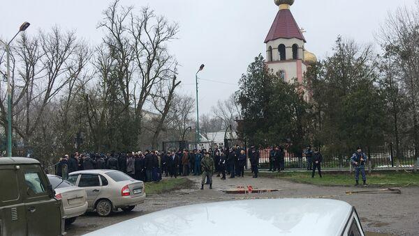Lugar del tiroteo en Kizliar - Sputnik Mundo